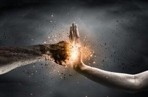 Entendendo o sentimento de raiva e lidando com ele