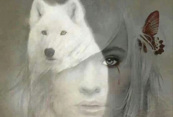 mulher-com-lobo-branco