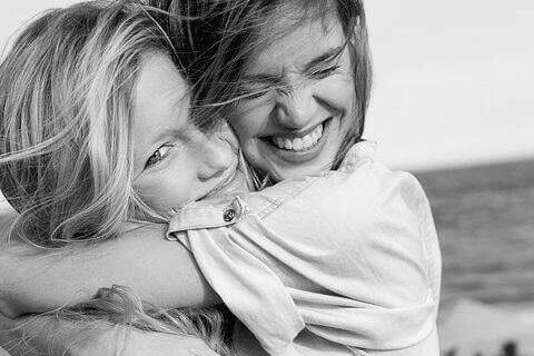 A amizade verdadeira sobrevive a tempestades