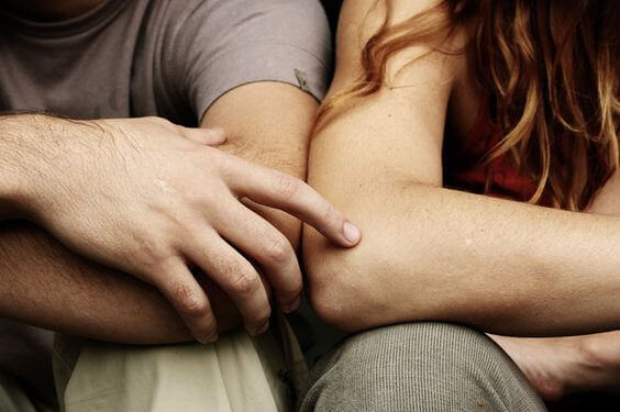 Amigos com benefícios são amantes sem obrigações?