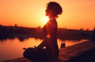 A meditação transcendental funciona?