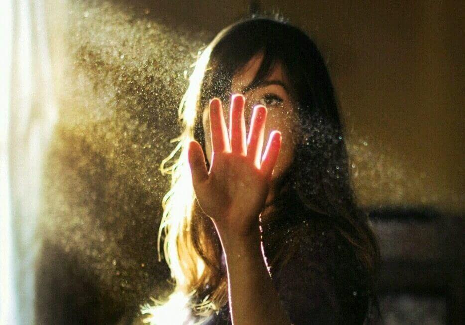 mulher-sombra-luz