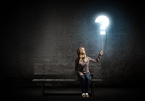 pensar e questionar
