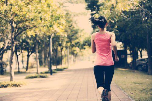 mulher-correndo