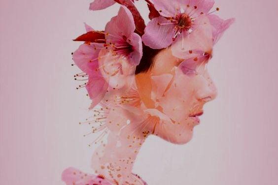 perfil-mulher-triste-flores