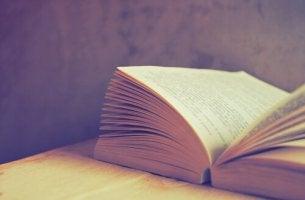 7 livros que farão você refletir sobre a sociedade atual