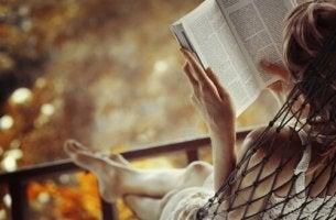 A leitura enaltece a alma