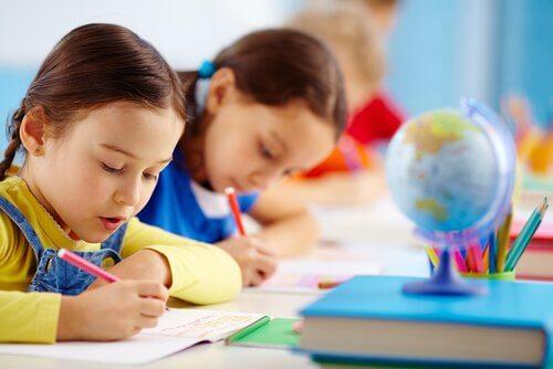 Descubra o método Kumon para ensinar as crianças