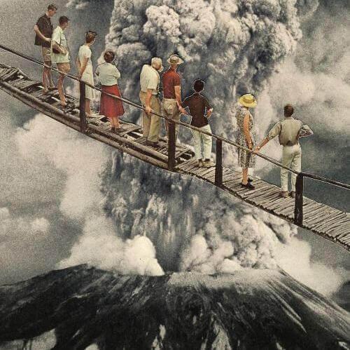 historia-pessoas-diante-de-um-vulcao