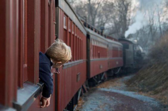 menino-no-trem