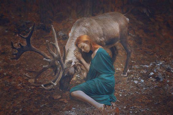 mulher-com-alce