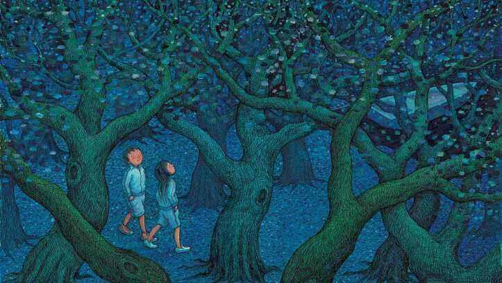 casal-caminhando-floresta