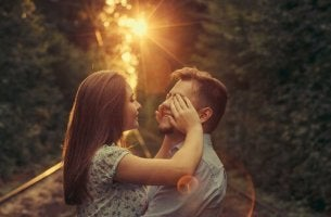 O amor cego me impede de ver o bosque