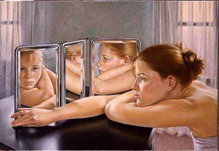 mulher-diante-de-espelho