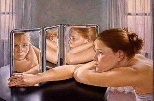 Lei do espelho: a regra mágica para resolver nossos problemas com os outros