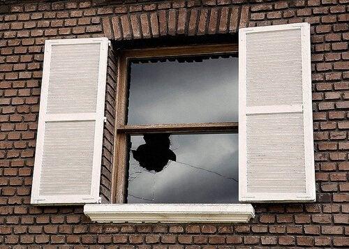 teoria-das-janelas-quebradas
