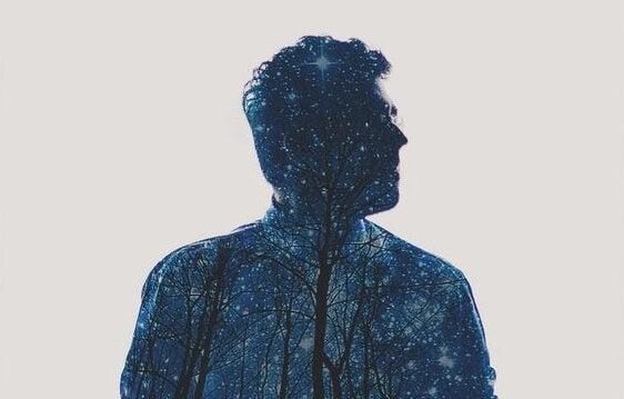 silhueta-homem-ceu-estrelado