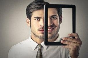 A felicidade se torna uma obrigação nas redes sociais