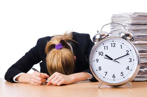 A cultura da pressa: como deixar de ser escravo do tempo?