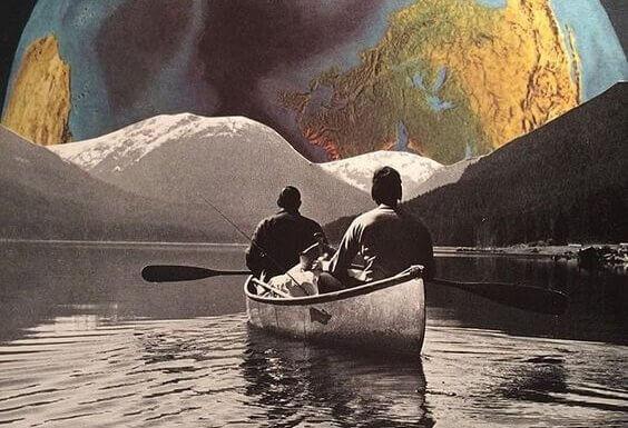homens-navegando-barquinho