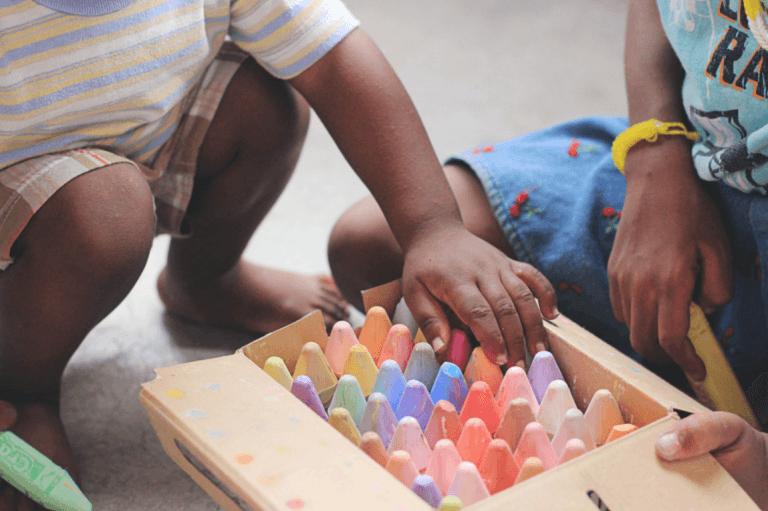 criancas-brincando