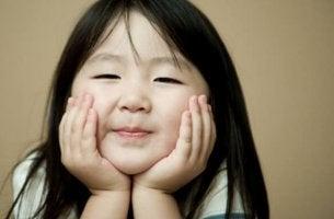 Por que as crianças japonesas obedecem e não fazem escândalos?