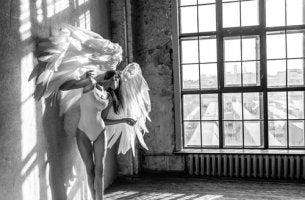 Mulheres de asas e raízes