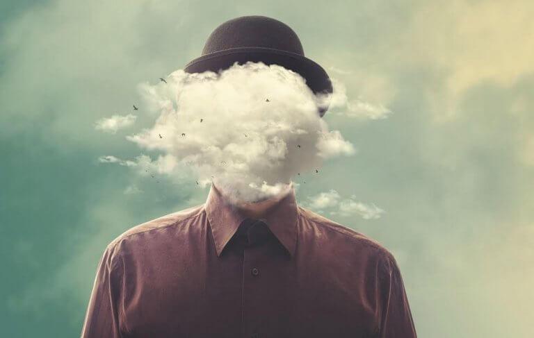 homem-com-nuvem-na-cabeca