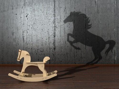 cavalinho-de-madeira