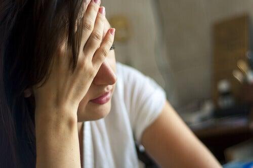 mulher-usuaria-de-benzodiazepínicos