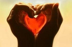 O amor não é um batalha de poder, e sim um esforço a compreender