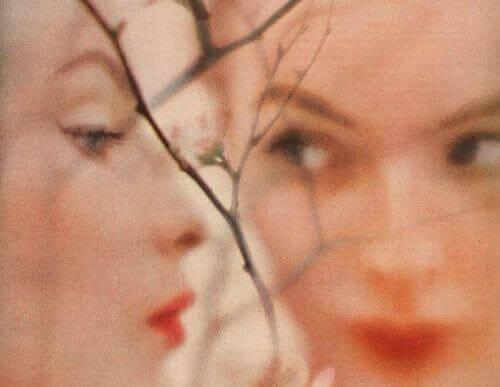 reflexo-mulher
