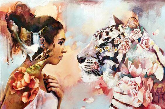 Mulher com tigre de flores