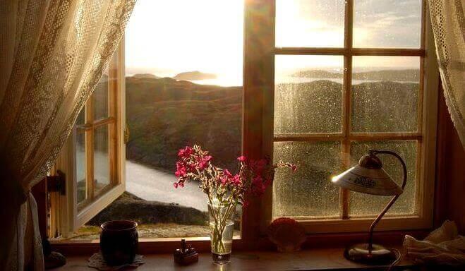 Paisagem bonita vista pela janela