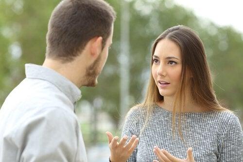 lidar-com-criticas-do-parceiro