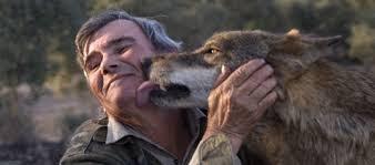 Homem com lobo