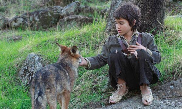 A história do menino que sobreviveu na natureza entre os lobos