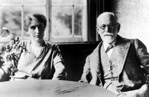 Anna Freud e Sigmund Freud