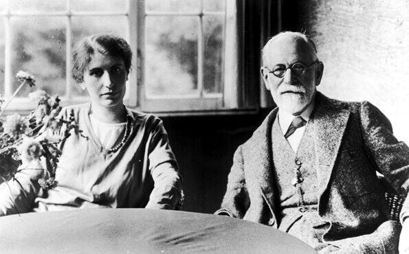Anna Freud e sua obra depois de Sigmund Freud
