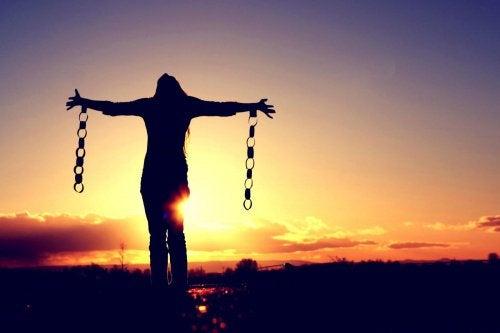 Mulher corajosa que alcançou sua liberdade
