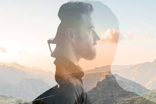 homem-praticando-mindfulness