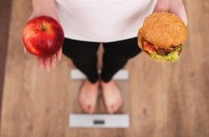 7 técnicas psicológicas que podem nos ajudar a perder peso