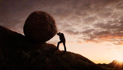 Sempre haverá uma pedra no meio do caminho