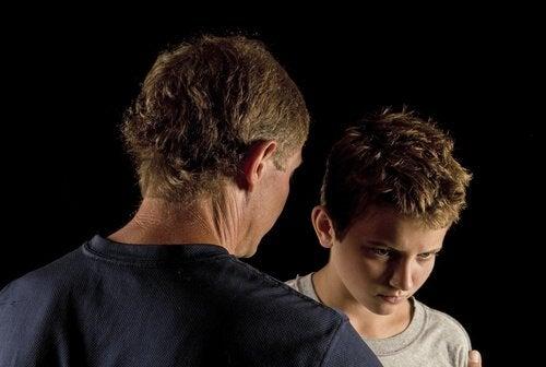 Ser filho de pais emocionalmente imaturos