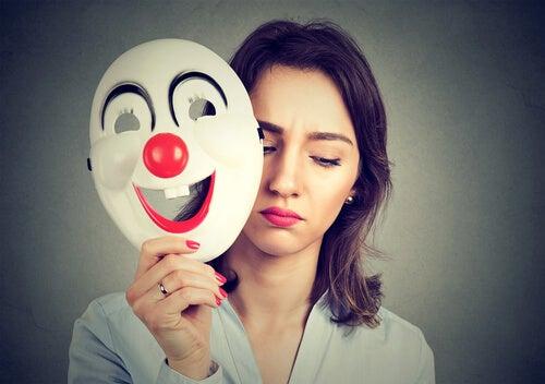 Seja você mesmo, ainda que incomode quem finge ser o que não é