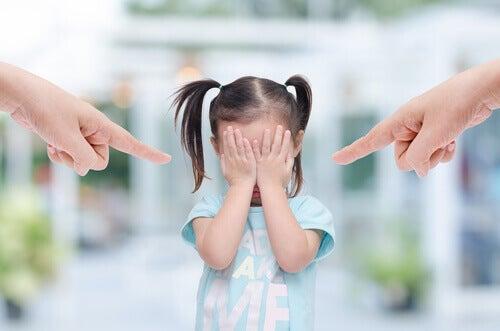 Maus-tratos na infância