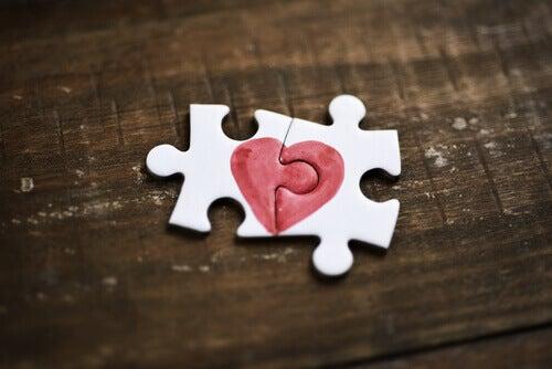 O amor é o melhor remédio para os corações feridos