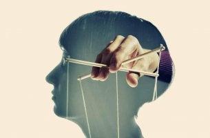 5 formas de manipular nossa mente
