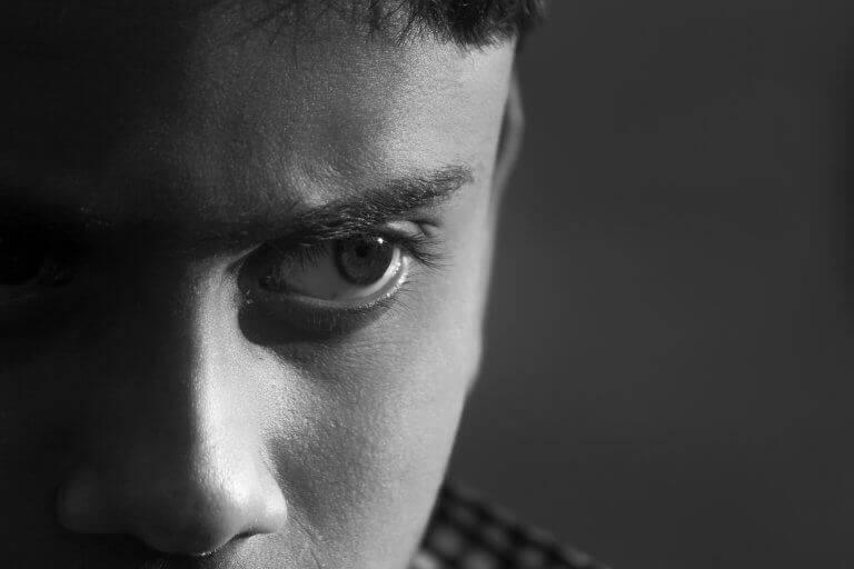 Adolescente com transtorno antissocial