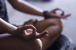 Passos para começar a meditar